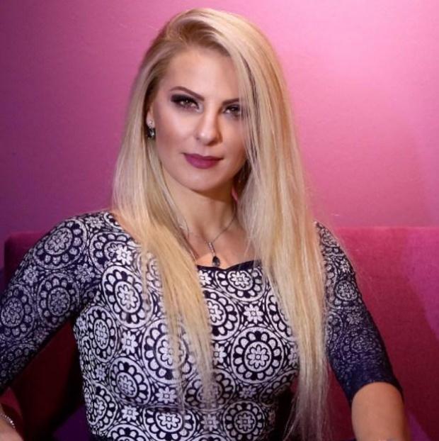 Deputetja kosovare:Nëse jee bukur bën më shumë punë - Shqiptarja.com